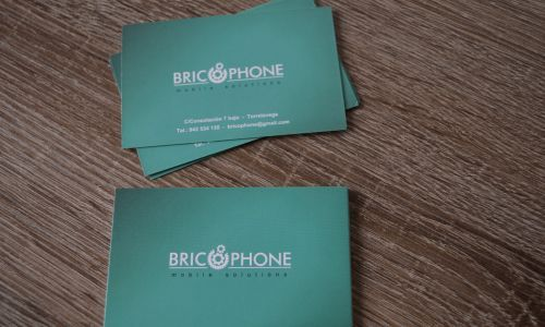 Diseño tarjetas de visita en Cantabria. Tarjetas bricophone torrelavega.